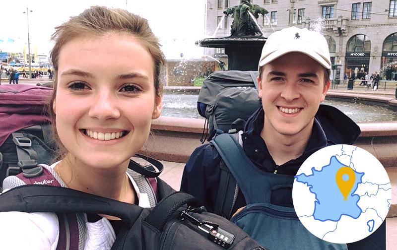 bien-être au travail à l'international : un homme et une femme avec leur sac à dos partant en voyage