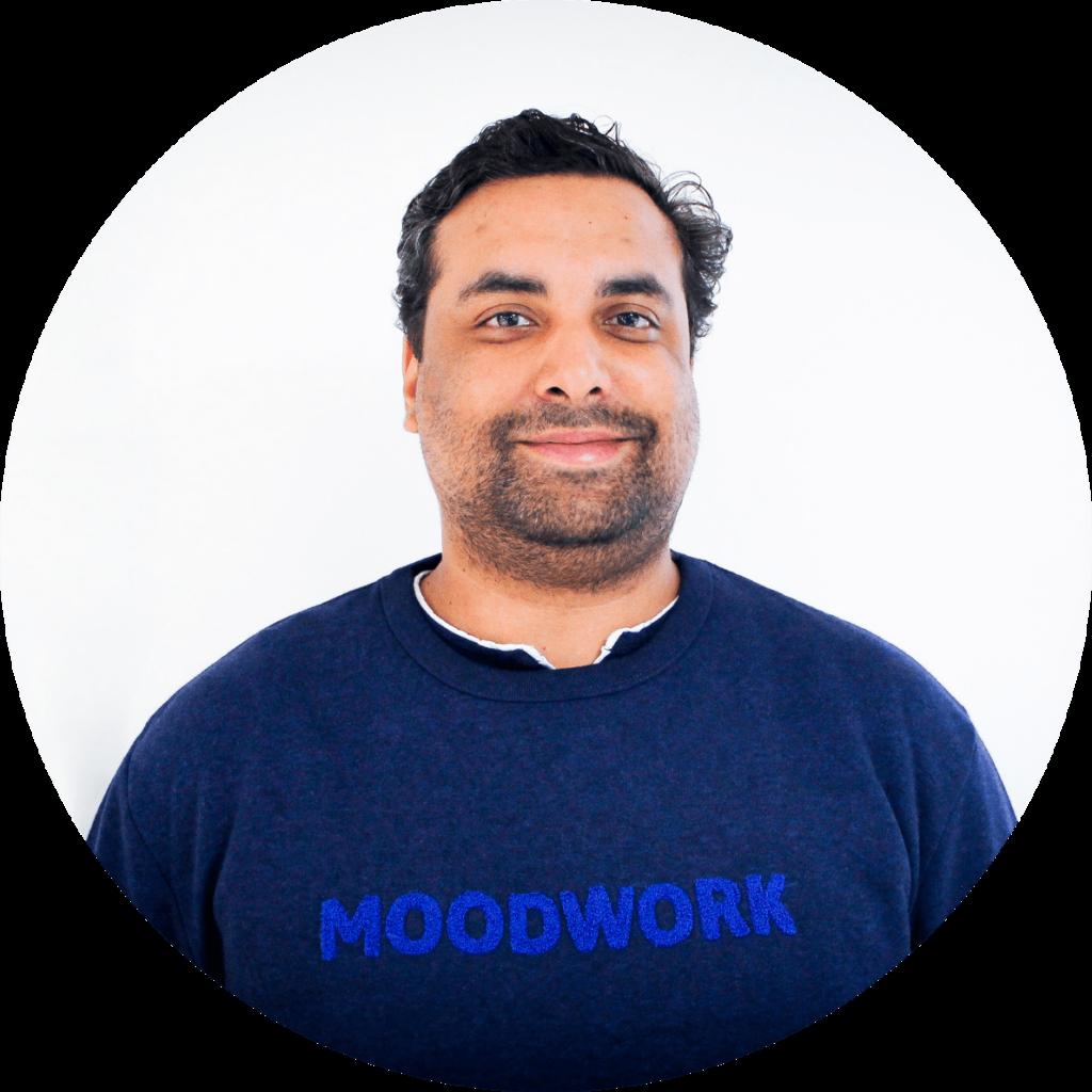 Alexandre Bonhomme Deveycx, psychologue clinicien du travail chez Moodwork, nous explique la différence entre psychologue et psychiatre