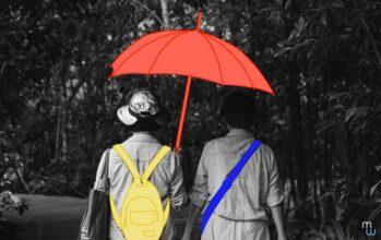 La prévention des RPS représentée par une personne tenant un parapluie au dessus d'une autre personne